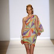 Fashion show, Human leg, Shoulder, Runway, Joint, Dress, One-piece garment, Style, Fashion model, Fashion,