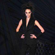 Human body, Style, Fashion show, Fashion model, Fashion, Street fashion, Model, Knee, Thigh, High heels,
