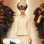 Sleeve, Shoulder, Fashion show, Style, Fashion model, Fashion, Waist, Runway, Hair accessory, Headpiece,