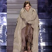 Stella McCartney Fall 2004 Ready-to-Wear Collections 0001