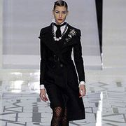 Valentino Fall 2004 Ready-to-Wear Collections 0001