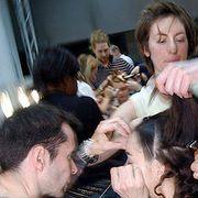 Martine Sitbon Fall 2004 Ready-to-Wear Backstage 0001