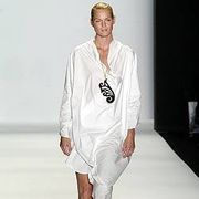 As Four Spring 2005 Ready-to-Wear Collections 0001