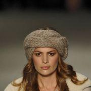 Lip, Textile, Jewellery, Winter, Fashion accessory, Headgear, Necklace, Fashion, Eyelash, Street fashion,