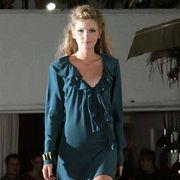 Sleeve, Human body, Shoulder, Dress, Joint, Fashion show, Fashion model, Style, Formal wear, One-piece garment,
