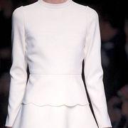 Sleeve, Shoulder, Joint, White, Dress, Formal wear, One-piece garment, Waist, Fashion, Day dress,