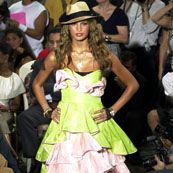 Betsey Johnson Spring 2002 Ready-to-Wear Collection 0001