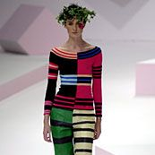 Issey Miyake Spring 2002 Ready-to-Wear Collection 0001