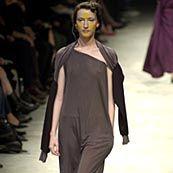 Yohji Yamamoto Spring 2002 Ready-to-Wear Collection 0001