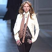 Chloe Fall 2002 Ready-to-Wear Collection 0001