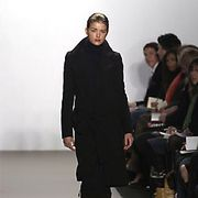 Kenneth Cole Fall 2005 Ready-to-Wear Collections 0001