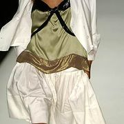 Chloe Spring 2005 Ready-to-Wear Detail 0001