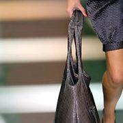 Giorgio Armani Fall 2005 Ready-to-Wear Detail 0001