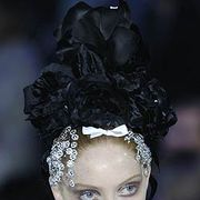 Christian Lacroix Fall 2005 Haute Couture Detail 0001