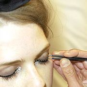 Chanel Fall 2005 Haute Couture Backstage 0001