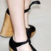Footwear, Brown, High heels, Joint, Human leg, Tan, Sandal, Fashion, Black, Foot,