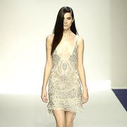 Leg, Hairstyle, Human leg, Shoulder, Dress, Joint, White, One-piece garment, Fashion model, Style,