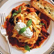 Best-pasta-sauce-recipe-ed1110-daniel-feature 0