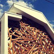 Wood, Daytime, Property, Cloud, Real estate, Metal, Iron, Snapshot, Cumulus, Building material,