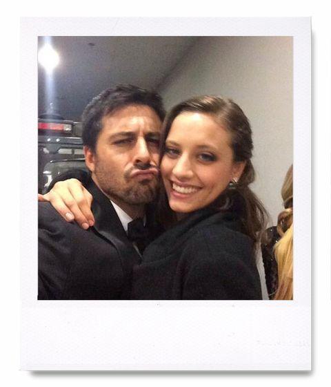 <p><strong>Hugo Silva</strong> nos ha dejado momentos divertidos y otros también con cierto toque melancólico como este 'selfie' de lo más cariñoso con <strong>Michelle Jenner</strong>.</p><p>@rastacai</p>