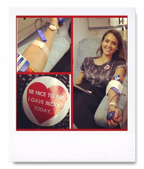 <p>Jessica Alba aprovecha las redes para mostrar su lado más solidario a la hora de donar sangre.</p><p>@jessicaalba</p>