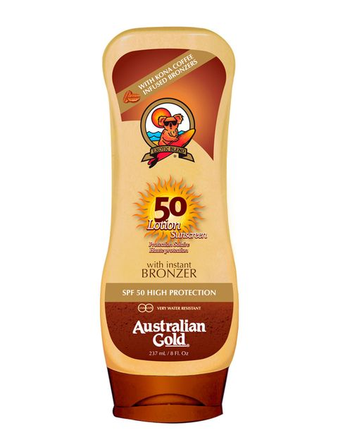 """<p>Debería ser el número 1 en tu lista: necesitas una crema solar y que tenga una protección alta (nunca menos de SPF30). Para evitar el 'momento fantasma' de los primeros días, escoge una que, además, aporte color. Como esta: 'Lotion Sunscreen SPF50' (18,95 €), de <strong>Australian Gold </strong>(en <a href=""""http://www.coolmums.es/"""" target=""""_blank"""">coolmums.es</a>).</p>"""