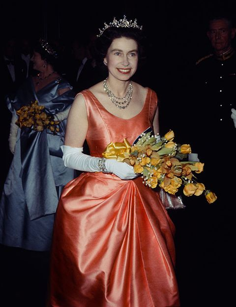<p>Elizabeth Alexandra Mary venía al mundo un 21 de abril de 1926 en Londres. Su destino era convertirse en una de las reinas más longevas del mundo.&nbsp;</p>