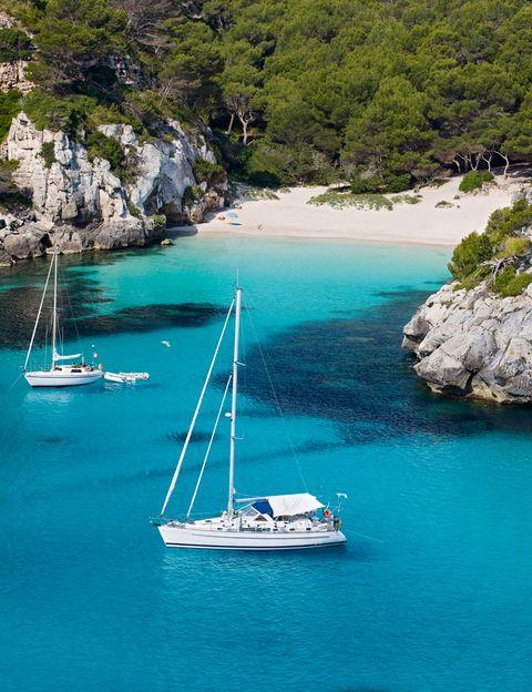 playas solitarias espana