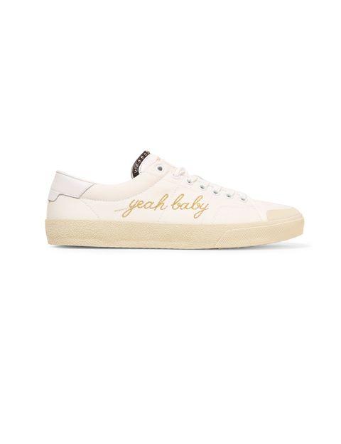 <p>Sneakers de<strong> Saint Laurent.</strong></p>