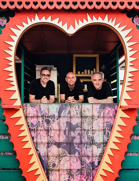 """<p>Nos encanta Heart, el restaurante ibicenco de los hermanos Adriá y el Cirque du Soleil, un lugar ideal para disfrutar de un mix fantástico: arte, diseño y gastronomía. <a href=""""/edicion/gallery/719993/(offset)/heartibiza.com"""" target=""""_blank"""">heartibiza.com</a></p>"""
