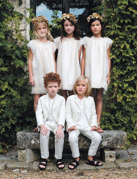 """<p>Esta casa francesa es la marca de moda infantil a la que no se pueden resistir las celebrities. La misma Kate Moss recurrió a las manos de su directora artística, Christine Innamorato, para vestir a los niños de arras en su boda. En España <a href=""""http://www.bonpoint.com/es/"""" target=""""_blank""""><strong>Bonpoint</strong></a> sólo tiene tienda física en Madrid, pero a través de su página web distribuye por el resto del país.</p>"""