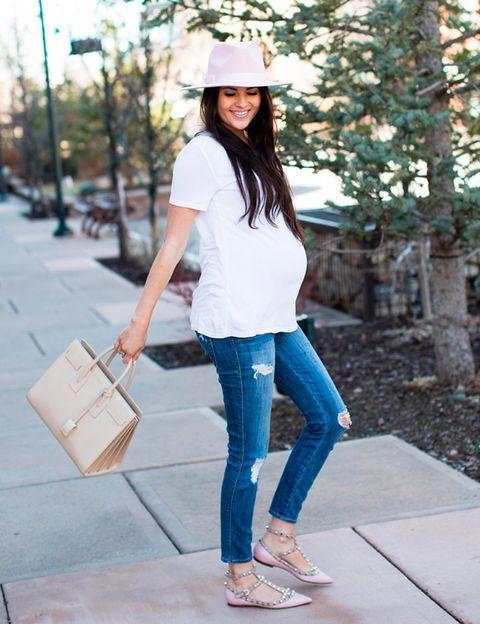 ffab7a5b4 Looks de embarazada  9 meses con estilo - Cómo vestir durante el ...