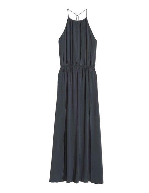 <p>Tanto si tienes una 32 como si usas una 46, este vestido de <strong>H&M</strong> te quedará perfecto (39,99 €).</p>