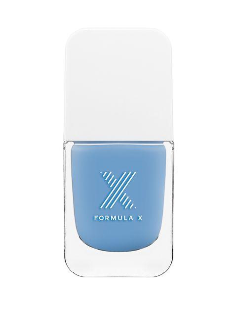 <p>'Free Spirit' de <strong>Fórmula X</strong> (12,90 €, se vende en Sephora).</p><p>La gama de azules es perfecta para verano, ¡quedan bien todos!</p>