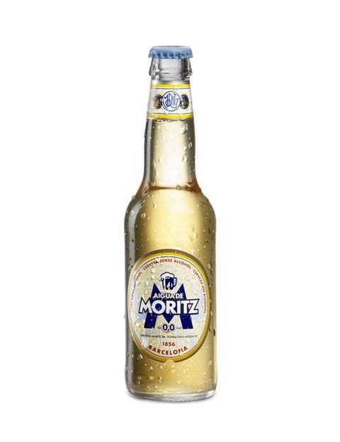 <p>Una 0,0% que, como su nombre indica, está hecha con agua mineral y con nombre propio. Tiene un color tan claro, poca espuma de color blanca y ligera, desaparece al poco tiempo. El olor es agradable y el sabor es suave y ligeramente dulce. Es la cerveza ideal para refrescarse en verano.&nbsp;</p>