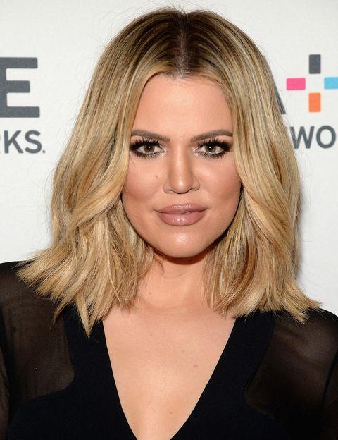 <p>El nuevo corte de pelo de <strong>Khloe Kardashian </strong>ya se ha convertido en un imprescindible: su nueva melena por los hombros y con el pelo rizado ya es el corte del año (otro éxito 'made in' Kardashian).</p>