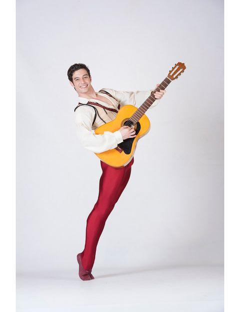 """<p> Ponte de largo. La Compañía Nacional de Danza estrena 'Don Quijote', una coreografía de José Carlos Martínez inspirada en las versiones de Marius Petipa y Alexander Gorski. Los amores tumultuosos de Quiteria y Basilio son el eje de este vibrante ballet clásico.<br /><strong>Teatro de la Zarzuela, Madrid, desde el 16 de diciembre, <a href=""""http://teatrodelazarzuela.mcu.es/es/"""" target=""""_blank"""">teatrodelazarzuela.mcu.es</a>.</strong></p>"""
