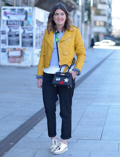 <p>Un look más que perfecto para llevar la famosa biker de Zara.</p>