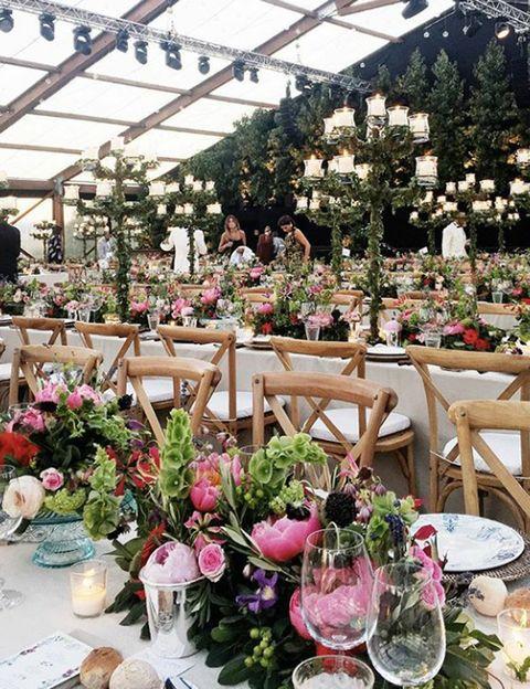 <p>La ceremonia ha tenido lugar ayer sábado en la mansión familiar de la novia en La Cerdaña.&nbsp;</p><p>Pese a la ausencia de algunos invitados, nadie ha alterado la felicidad de este gran día.</p><p>Foto @galagonzalez.</p>
