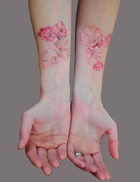14 Delicados Tatuajes Florales Que Nunca Pasaran De Moda - Tatuajes-flores-brazo