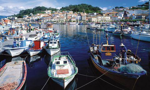 Puerto de esta localidad de las Rías Bajas de Galicia.