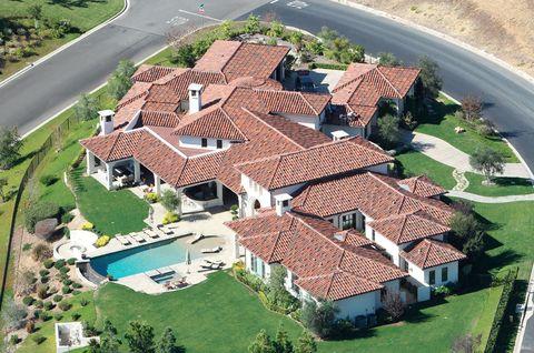 <p>La nueva casa de la cantante está ubicada en un lujoso complejo de Thousand Oaks, en California.</p>