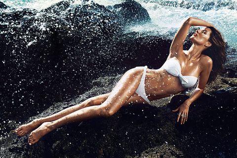 <p>La top brasileña, espectacular en la campaña de H&M.</p>