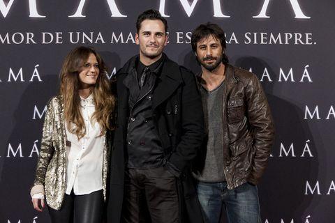 <p><strong>Hugo Silva</strong> y <strong>Asier Etxeandia</strong>, dos de los actores más aclamados en la puerta de los Cines Callao de Madrid.</p>