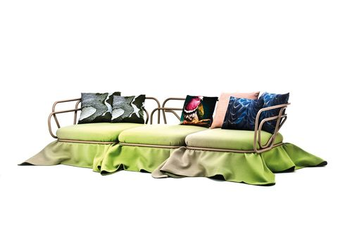 <p>¡Y con falda! Al estilo mesa camilla. Oasis es lo último de Atelier Oi para <strong>Moroso.</strong> ¡Wouuu! </p>