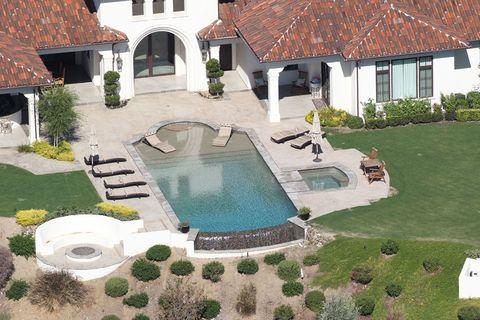 <p>Briteny ha pagado por la mansión unos 8,5 millones de dólares.</p>