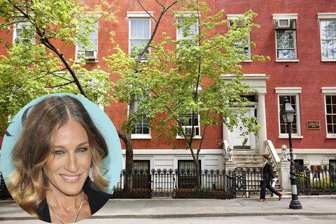 <p>Muy cerca del West Village se encuentra la zona conocida como Greenwich Village, un barrio residencial que en el siglo pasado estuvo poblado por multitud de artistas. Una de las señas de identidad de la zona son sus edificios con escalinata en el frente, como el que sirve de vivienda a la actriz <strong>Sarah Jessica Parker </strong>y su marido, <strong>Matthew Broderick</strong>.</p>