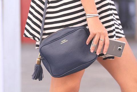 <p>El reto de hoy: encontrar los complementos, bolsos, zapatos y wearables que marcan tendencia. ¿Conseguirá Ana ganarle la partida a Mirian? Las dos están preparadas…</p>