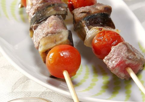 Food, Finger food, Cuisine, Dishware, Dish, Skewer, Ingredient, appetizer, Pincho, Kitchen utensil,