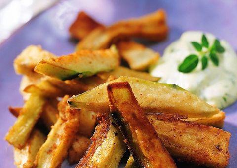 Food, Green, Fried food, White, Potato wedges, Deep frying, Fast food, Potato, Side dish, Ingredient,